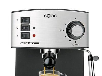 Cafetera Solac CE4480 Espresso ahora en Amazon por 70,99 euros y envío gratis. Disfruta de un buen café con esta oferta flash