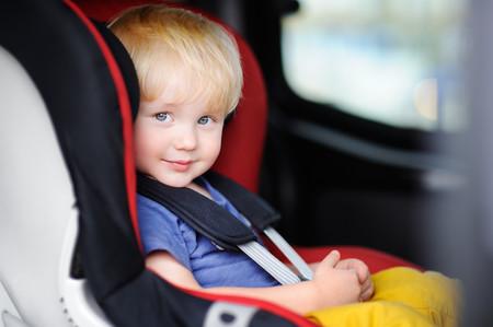 Viajar a contramarcha reduce en un 90 por ciento el riesgo de sufrir lesiones graves en caso de accidente