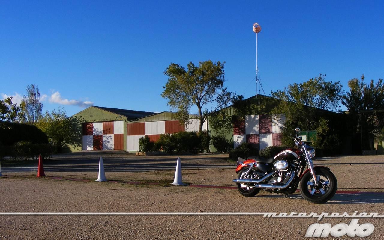 Foto de Harley-Davidson XR 1200CA Custom Limited (23/65)
