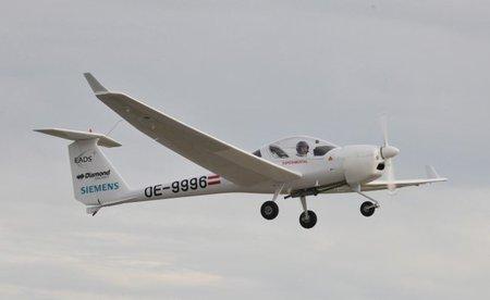 Siemens prueba el primer avión híbrido (eléctrico-gasolina en serie) del mundo