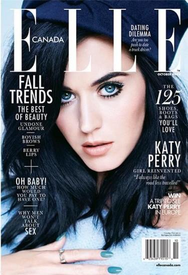 Katy Perry en modo azul pitufo para Elle: y de paso, ¡recadito para Rihanna!