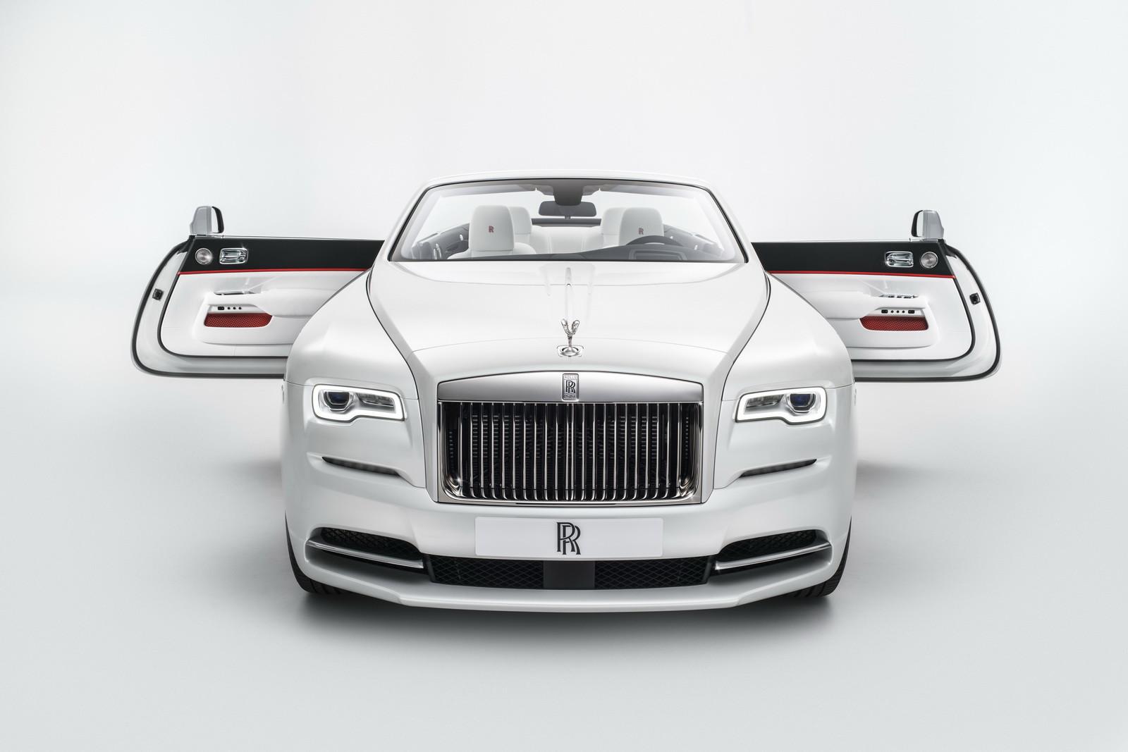 Foto de Rolls-Royce Dawn Inspired by Fashion (2/9)