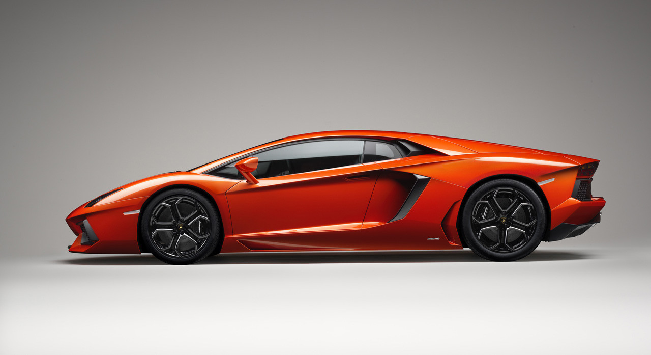 Foto de Lamborghini Aventador LP700-4 (49/62)