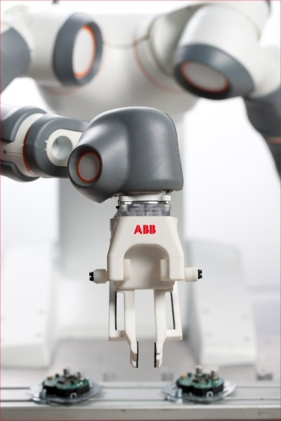 Detalle de la mano del Robot de ABB