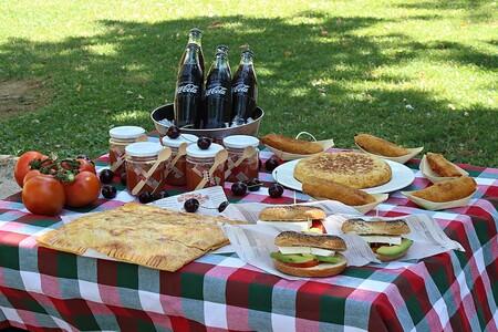 Cinco recetas (con giro de ingredientes) para disfrutar de un picnic diferente y original al aire libre