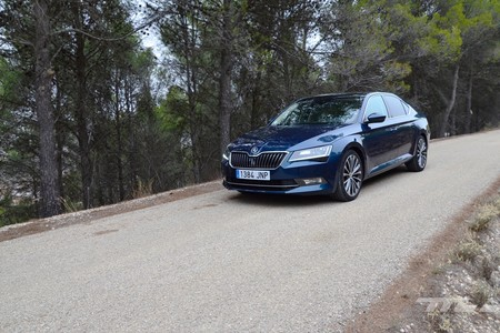 Skoda Superb 2 0 Tdi 150 L K 039