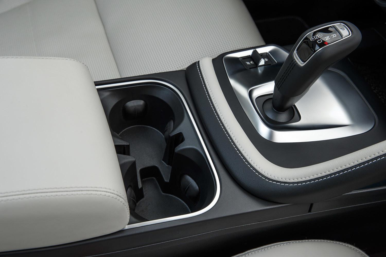 Foto de Jaguar E-PACE, primer contacto (89/164)