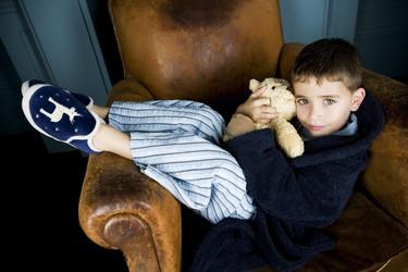 Un colegio inglés anima a los niños a ir a clase con zapatillas de ir por casa porque los niños rinden mejor