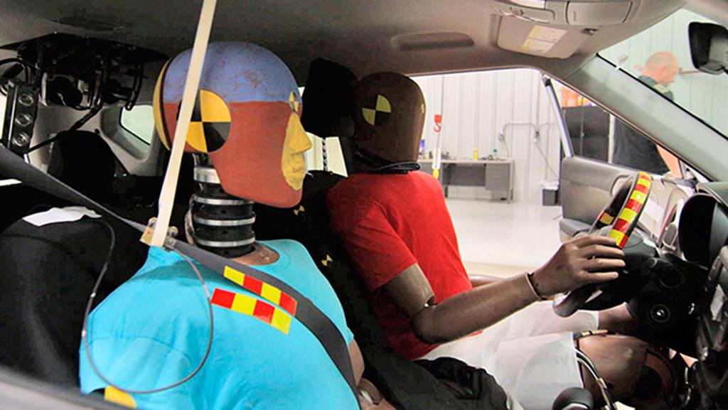 El nuevo airbag de Hyundai para colisiones múltiples también nos protegerá en segundos y terceros impactos
