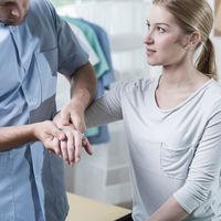El síndrome del túnel carpiano: por qué se produce y cómo se trata