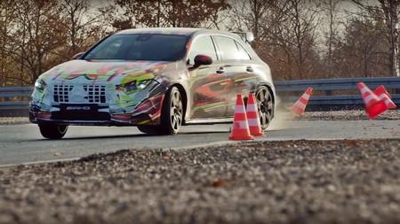 El futuro Mercedes-AMG A 45 tendrá 387 CV... ¡y versión S con 421 CV!