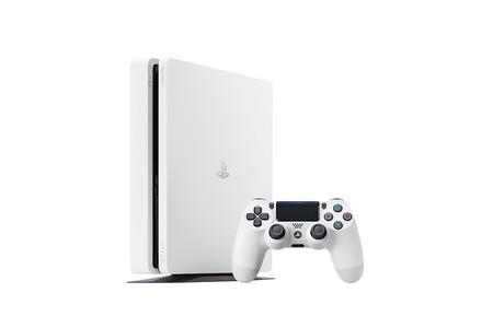 La nueva PS4 blanca llegará a finales de este mismo mes