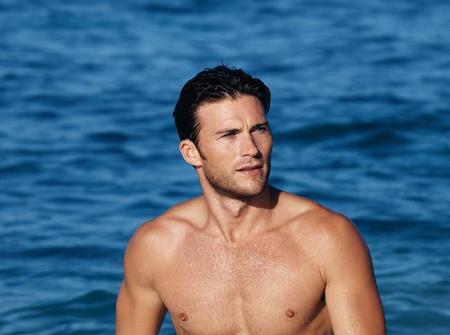 Scott Eastwood, el surfista reconvertido en actor, será el nuevo rostro de la fragancia Cool Water de Davidoff