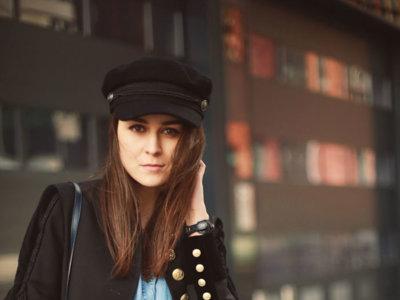 Olvida los floppy hats, este es el nuevo accesorio it según el street style