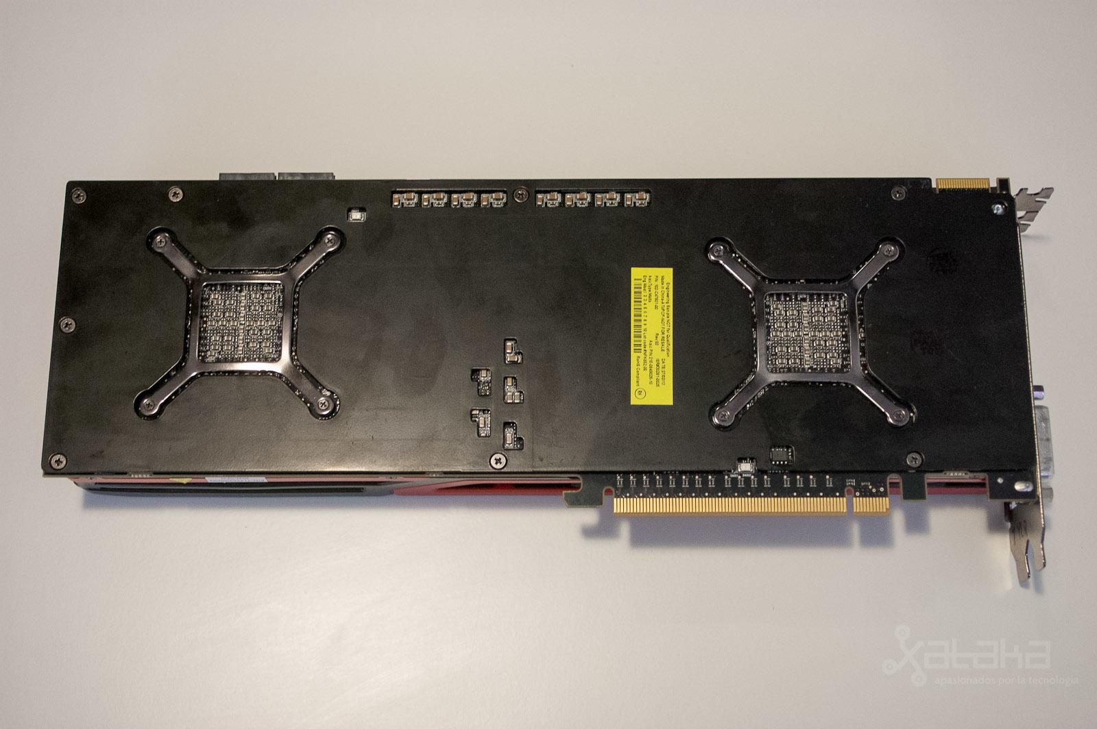 Foto de AMD 7990, análisis (8/11)