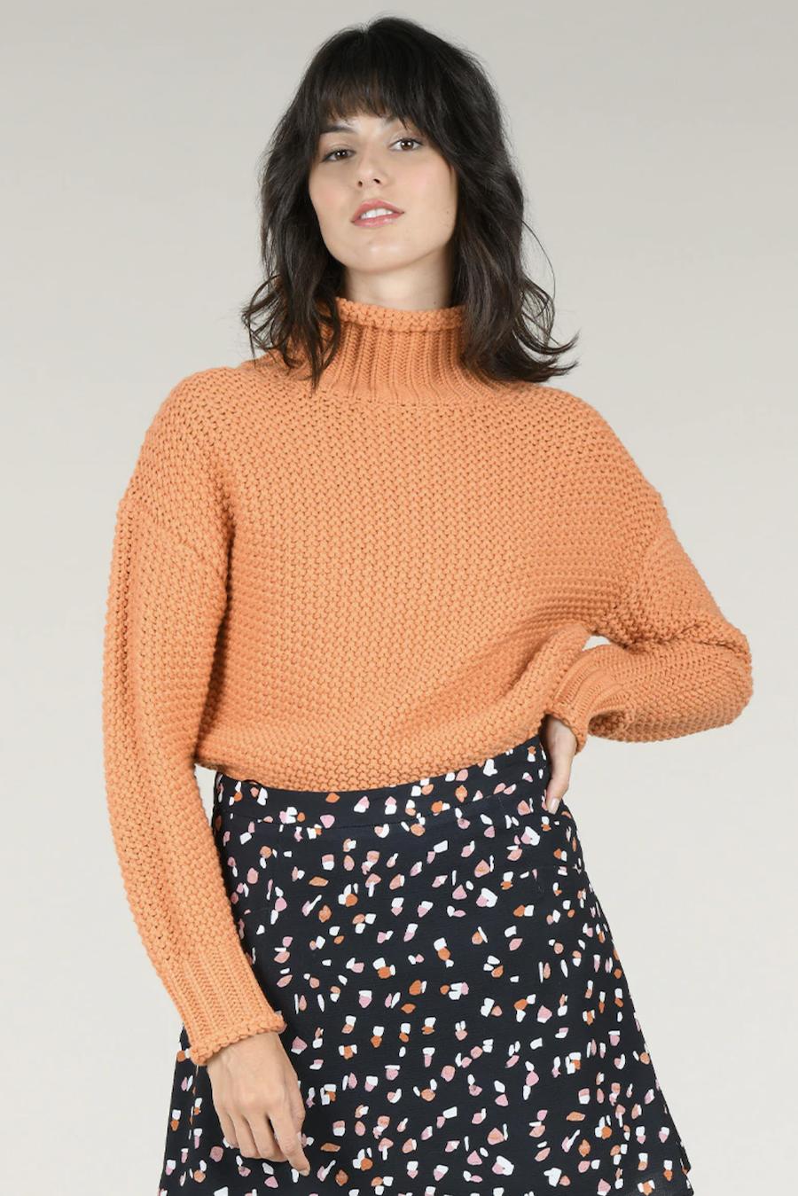 Jersey de mujer de manga larga con cuello alto