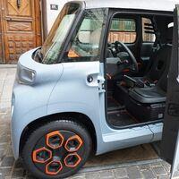 Los coches eléctricos baratos triunfan, y para muestra el Citroën Ami y el Dacia Spring