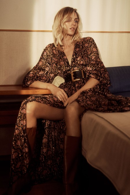 Zara nos propone los 13 vestidos boho más estilosos para lucir en primavera