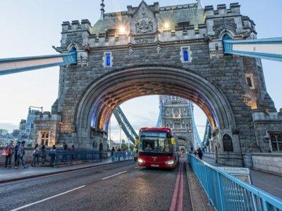 Así lucen los autobuses eléctricos Irizar i2e en Londres