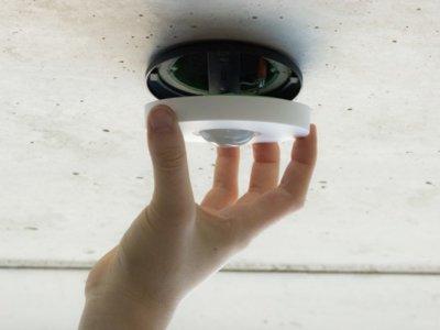 Loxone Air, un detector de movimiento para automatizar tareas en el hogar inteligente