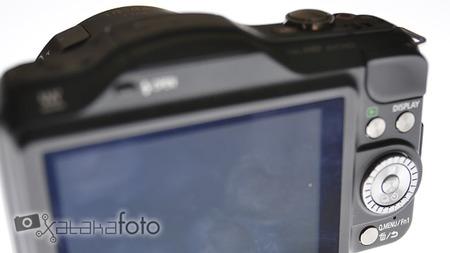 Panasonic Lumix GF5 vista posterior