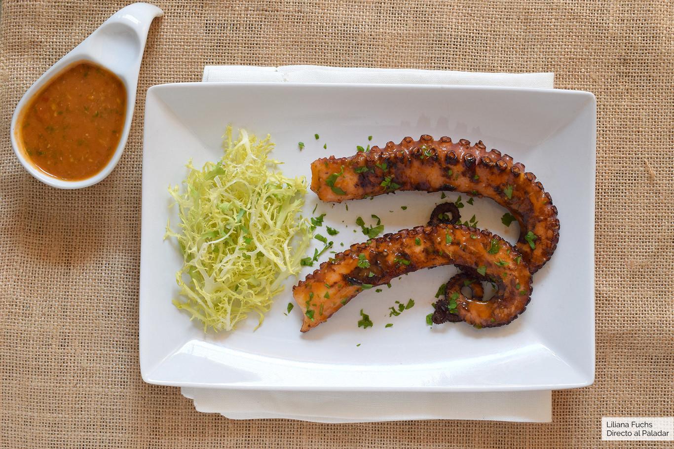 Pulpo A La Parrilla Con Salsa Picante Receta De Cocina Fácil Sencilla Y Deliciosa