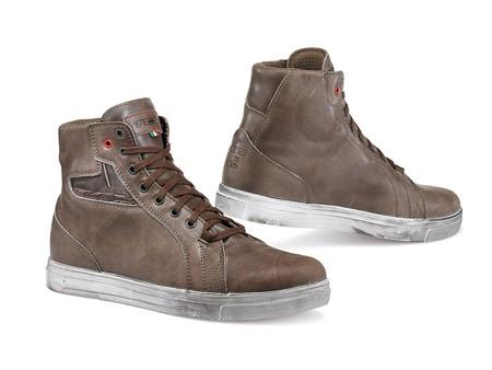 Protegido, a la moda y por un precio razonable con las botas TCX Street Ace
