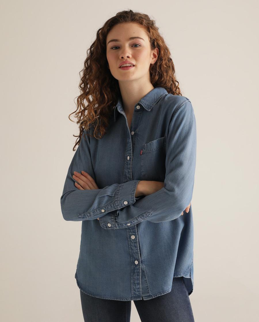 Camisa vaquera de mujer con bolsillo frontal