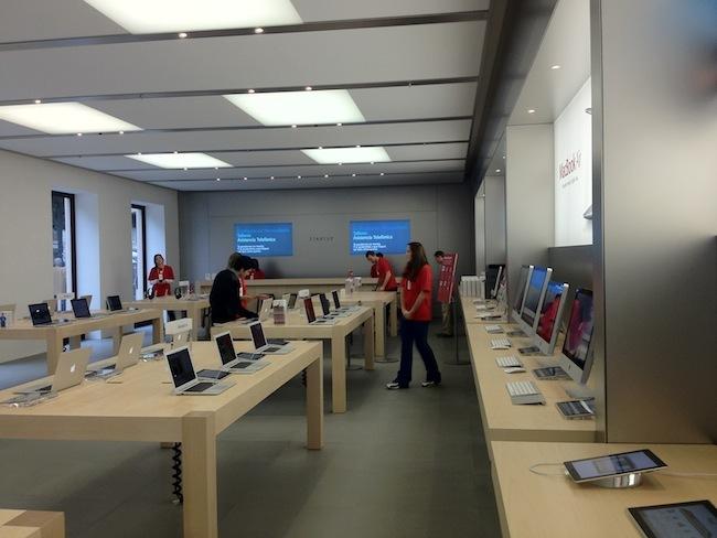 Foto de Apple Store Calle Colón (Valencia) (85/90)
