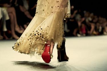 La suela roja de Christian Louboutin también desfila en la Semana de la Moda de Nueva York