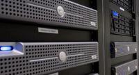 En servidores IBM y HP captan la mitad de los ingresos del sector