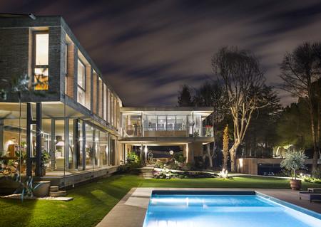 Espacios que inspiran: la vivienda estudio de Maryan Interior Design con mecanismos sostenibles de Gira