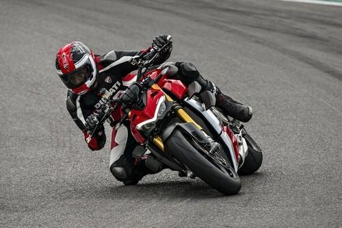 Estas 11 motos naked llegan en 2020, desde 42 CV para el carnet A2 hasta 220 CV