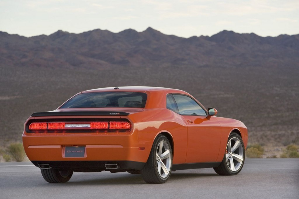 Foto de Dodge Challenger SRT8 (11/103)
