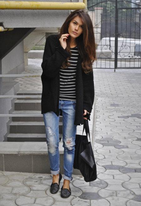 Boyfriend jeans y calzado plano para relajarnos este fin de semana