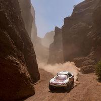 Triplete de Peugeot en el Dakar y Nasser Al-Attiyah se queda sin opciones