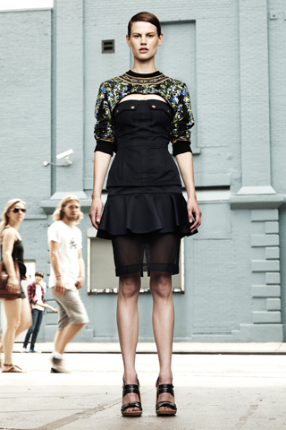 Foto de Givenchy Resort 2012 (26/33)