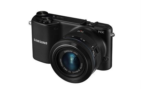 Samsung NX2000 - Vista en 3/4