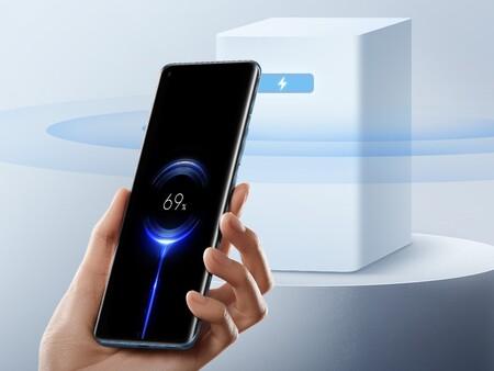 """Xiaomi hace realidad la carga inalámbrica """"por el aire"""", sin cables ni bases de carga: así es Mi Air Charge"""
