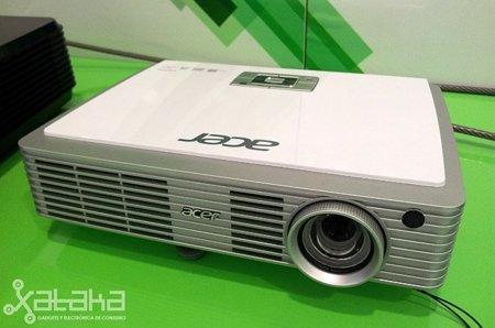 Acer K330, un proyector LED 3D en el tamaño de un libro