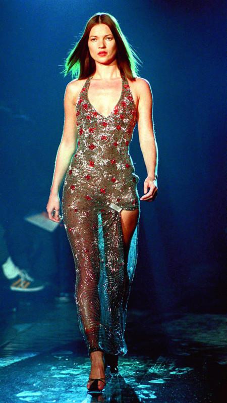 Versace desfile kate moss