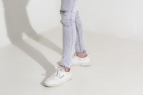 Últimas horas para aprovechar el 25% de descuento en Reebok: zapatillas, sudaderas y camisetas más baratos