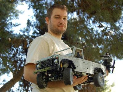 """""""He invertido cientos de horas de mi vida en diseñar coches de Lego"""""""