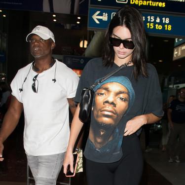 Kendall Jenner diseña una colección de camisetas y accesorios solidarios para apoyar en la lucha frente al Coronavirus