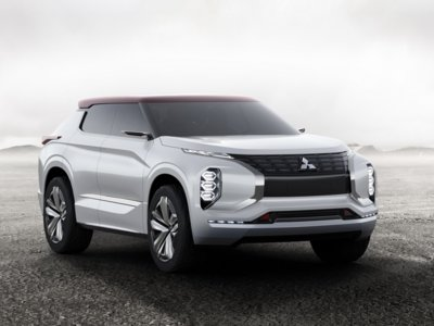 Mitsubishi GT-PHEV Concept, o cómo Mitsubishi persigue la familia numerosa de SUV enchufables