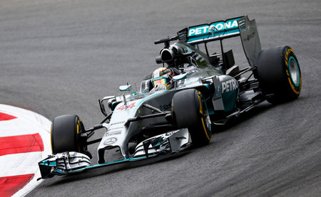 Mercedes flaquea en el Red Bull Ring
