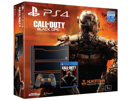 Modelo de PS4 y Call of Duty: Black Ops III