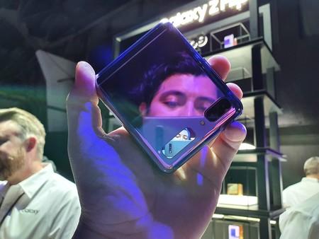 Samsung Galaxy Z Flip Primeras Impresiones Pantalla Secundaria