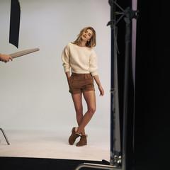 Foto 3 de 19 de la galería las-botas-ugg-se-reinventan-para-lucir-los-pies-mas-calentitos-con-mucho-estilo-y-copiando-a-las-it-girls en Trendencias