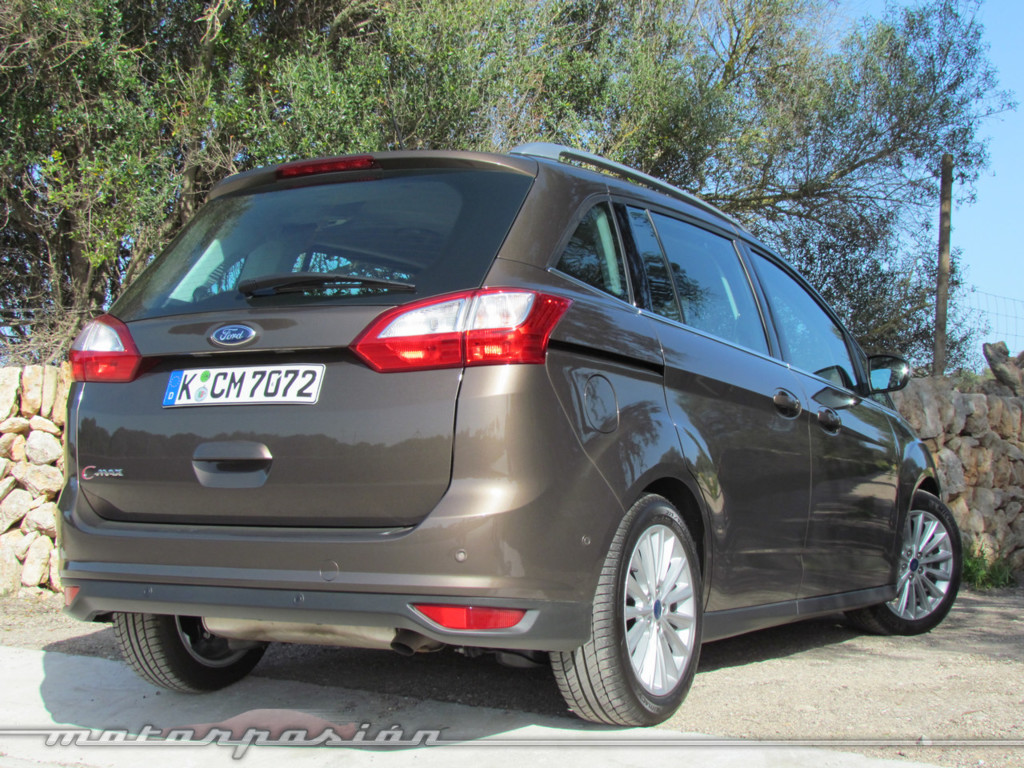 Ford C-Max 2015 é lançado e traz novo visual global da marca ...